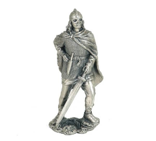 Bilde av Viking med sverd, tinn