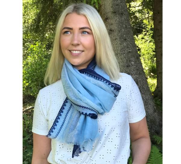 Bilde av Ullskjerf Marius. Lys blå/hvit/blå